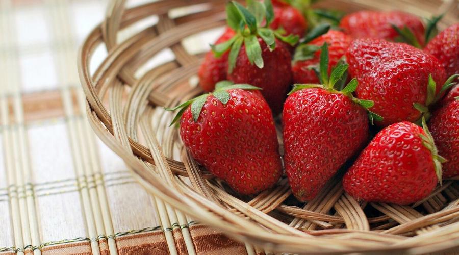 beneficios de comer frutillas en el embarazo, beneficios de comer frutilla en ayunas, propiedades fresas para salud