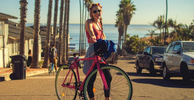 beneficios de andar en bici a diario, beneficios de montar bicicleta a diario, beneficios de andar en bicicleta para las mujeres, beneficios de montar bicicleta bajar de peso, ventajas de andar en bicicleta cuerpo