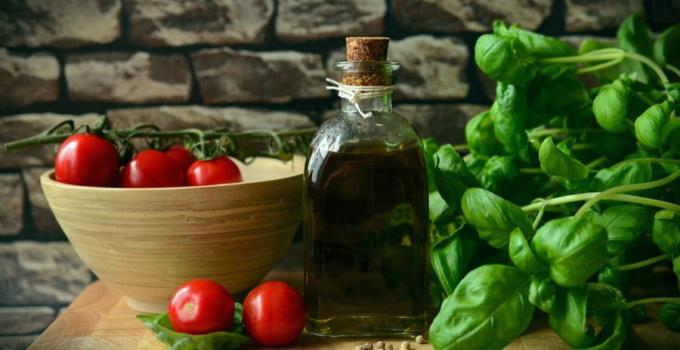 albahaca beneficios y propiedades, propiedades de la albahaca para la piel, propiedades de la a la albahaca, propiedades de la albahaca como alimento, propiedades alimenticias de la albahaca